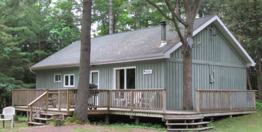 Pine Vista Resort Hideaway accommodation exterior